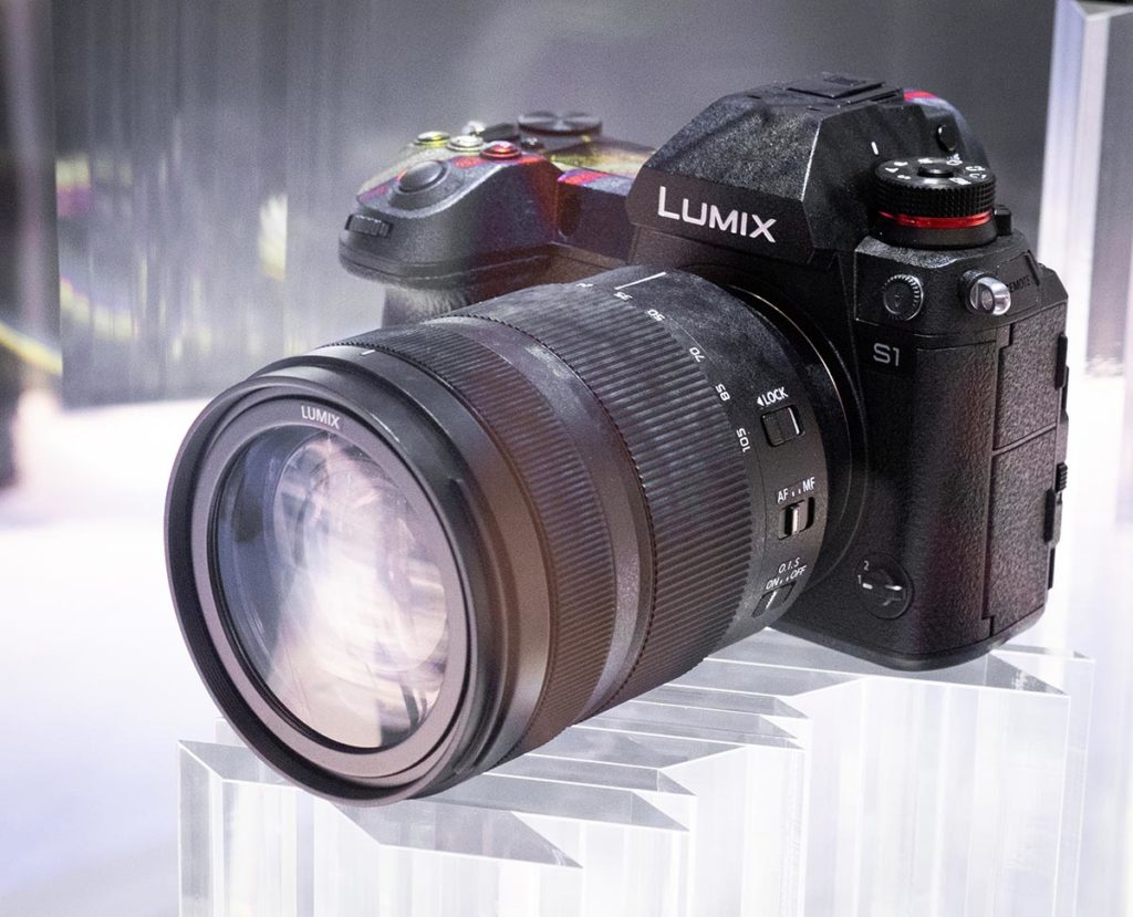 L3) Panasonic S-S1R Preorder start in January? – L mount system